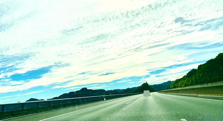 ノア AZR60Gのおはようございます☀,自分らしく頑張る💪,気持ちの良い青空だったからドライブ,秋分の日,team LOGAN東海に関するカスタム&メンテナンスの投稿画像1枚目
