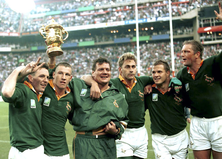 The 1995 Rugby World Cup winning teammates from left to right: Joel Stransky, James Small, Balie Swart, Andre Joubert, Chris Rossouw and Hannes Strydom. Image: Gallo Images