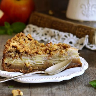 Crunchy and Sweet Walnut Apple Pie