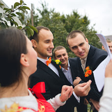 Wedding photographer Pavel Donskov (live-moments). Photo of 15.12.2013