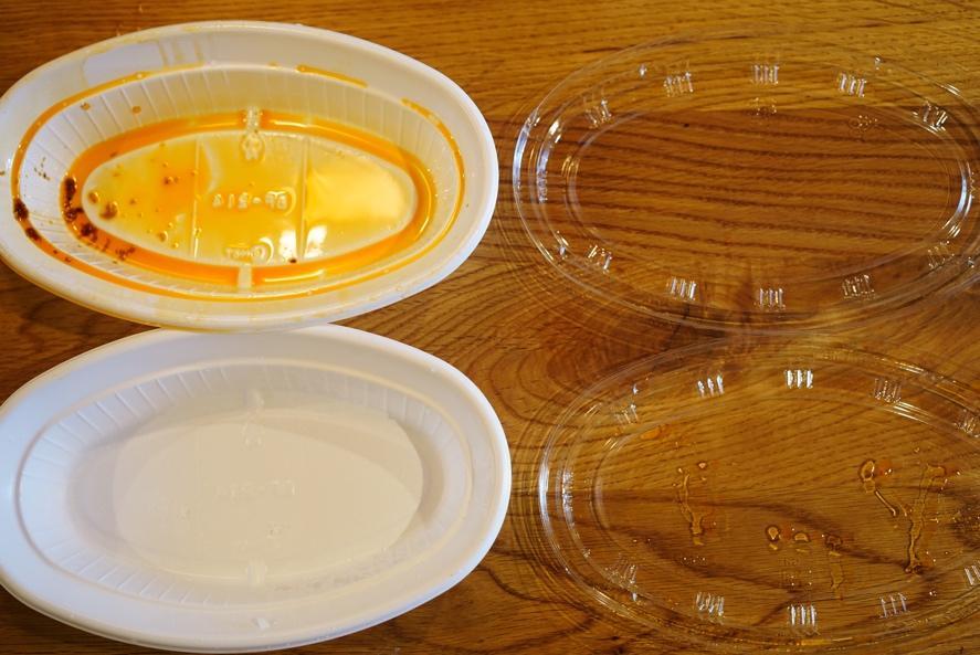 テーブル, カップ, 屋内, 皿 が含まれている画像 自動的に生成された説明