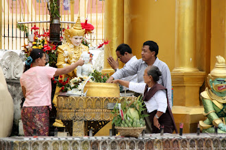 Photo: Year 2 Day 54 -  Paying Homage to 'Saturday' Buddha