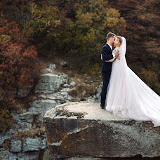 Wedding photographer Veronika Yarinina (Ronika). Photo of 04.03.2017