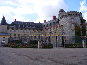 Photo: The main attraction in town is this chateau. The information plaque notes that this 14th century castle (where Francois I died in 1547) was bought in 1706 by the Count of Toulouse, son of Louis XIV and Madame de Montespan.The Count extended the château and installed the apartments. His son, the Duke of Penthievre, took over the gardens and created the Shell Cottage In 1783, Louis XVI, a hunting enthusiast, bought the estate from his cousin and had the Queen's Dairy built for Marie-Antoinette. In the early 19th century, Napoleon I added apartments to the dairy. Since 1886, the château has been an official summer residence for the French President.