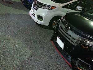 ステップワゴンスパーダ RP5 HYBRID G-EXのカスタム事例画像 リオンさんの2019年08月11日01:46の投稿