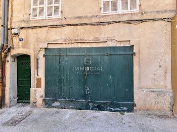 parking à Aix-en-Provence (13)