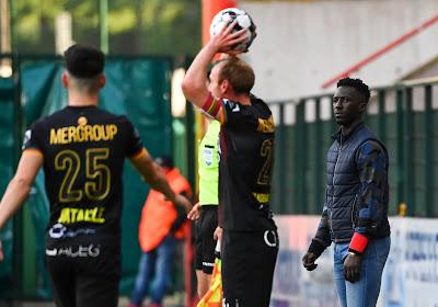 """Mbaye Leye tevreden over jonge verdediger: """"We wisten wat hij kon brengen"""""""