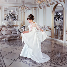 Wedding photographer Elena Lipatnikova (Smolic). Photo of 01.04.2017