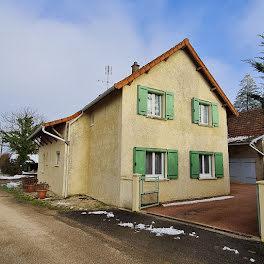 maison à Huilly-sur-Seille (71)