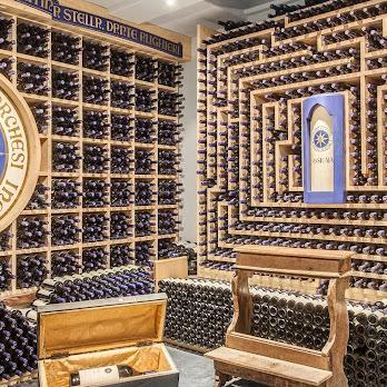 La Perla Wine Cellar