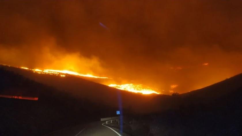 Incendio en Castro de Filabres.