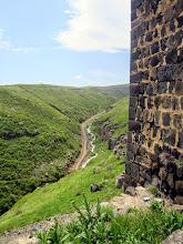 Photo: Tuota pientä tietä pitkin me kiemurtelimme uylös Amberdiin (ja edelleen Aragatsille)