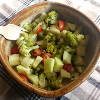 Broccoli Tomato Cucumber Salad Recipes.