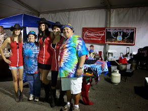 Photo: Jamie and David with the Budweiser Beer Girls!!!!!!