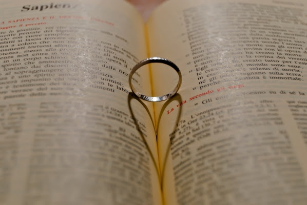 Profilo dell'Amore tra sapienza efedeltà di Tonio
