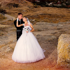 Wedding photographer Viktor Rut (Vikk). Photo of 31.10.2014