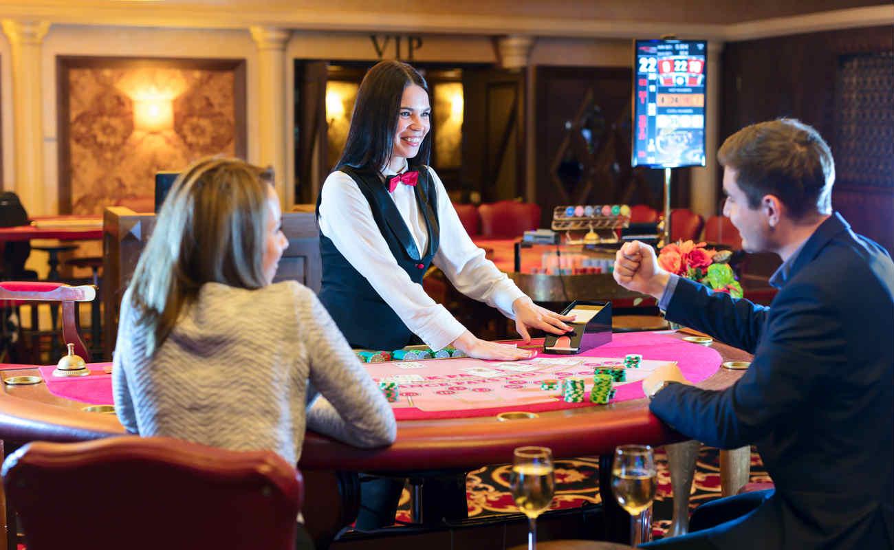 Should I Work As A Casino Dealer? - Grosvenor Blog