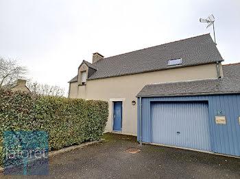 maison à La Selle-en-Luitré (35)