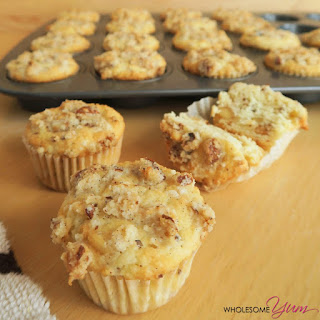 Vanilla Bean Walnut Streusel Mini Muffins (Paleo, Low Carb)