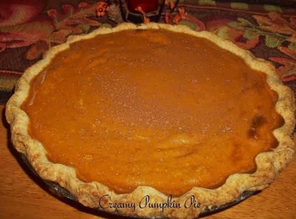 Delicious Creamy Pumpkin Pie Recipe