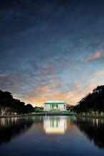 Photo: Reflecting Lincoln