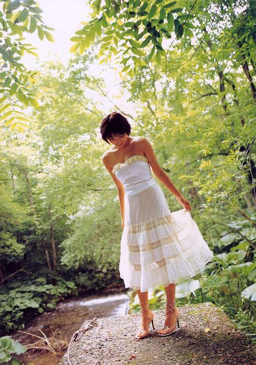 Kawori Manabe KaworiManabe_LoveBox_03.jpg LoveBox -  http://ahotgirl.blogspot.com | http://gallery.henku.info