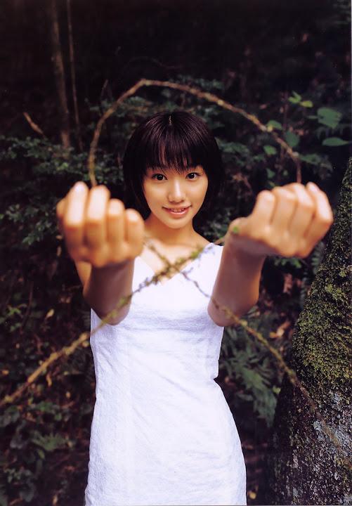 Kawori Manabe KaworiManabe_LoveBox_05.jpg LoveBox -  http://ahotgirl.blogspot.com | http://gallery.henku.info