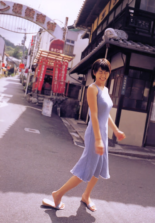 Kawori Manabe KaworiManabe_LoveBox_21.jpg LoveBox -  http://ahotgirl.blogspot.com | http://gallery.henku.info