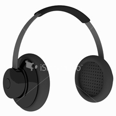 ist2_2138655_3d_black_realist_dj_headphone