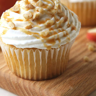 Apple Pie Stuffed Cupcakes