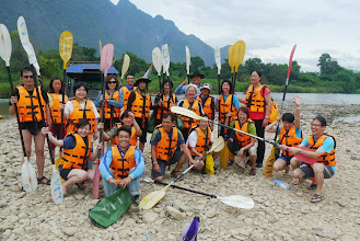 Photo: Finishing our activity day with kayaking down Nam Song river