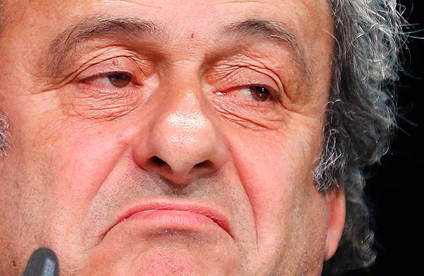 Platini habría rechazado una invitación para asistir a la Euro