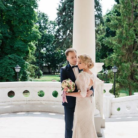 Wedding photographer Olga Bulgakova (OBulga). Photo of 01.12.2017
