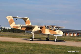 """Photo: le North American OV-10A """"Bronco"""" appareil anti-guerrillas, en service depuis 1966 et toujours actif dans certains pays."""