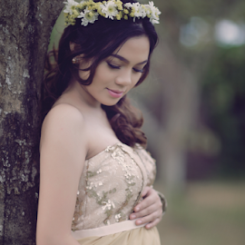 Noemi by Ocidem Graphix - People Maternity