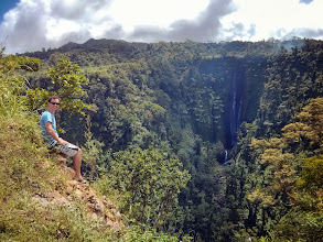 Photo: The spectacular Papapapa-tai waterfall.
