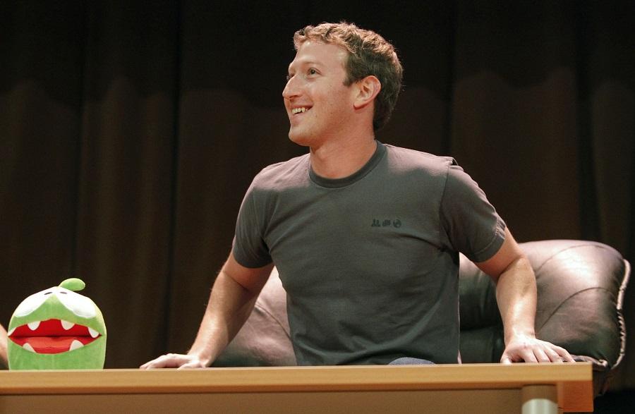 Facebook sal met Elizabeth Warren gekonfronteer word as gevolg van 'n groot tegnologiese ineenstorting