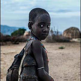 Child Arbore  by Damjan Voglar - Babies & Children Child Portraits ( child portrait children travel africa )