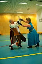 Photo: Generale repetitie - hij legt het af tegen haar...