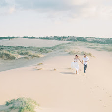 Wedding photographer Julia Kaptelova (JuliaKaptelova). Photo of 15.01.2019