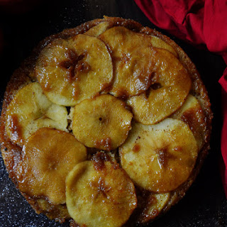 Apple upside down cake - Apple caramel cake - Eggless and Wholewheat.