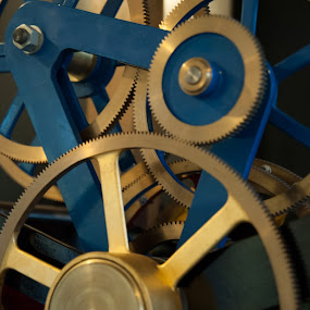 Clock1 by Lucien Vandenbroucke - Products & Objects Technology Objects