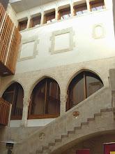 Photo: Pati d'armes al Palau reial de Vilafranca del Penedès.