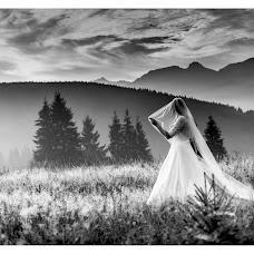 Wedding photographer Radoslaw Swinarski (swinarski). Photo of 11.02.2017