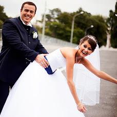 Wedding photographer Kristina Tolstikova (KroXa). Photo of 05.10.2013