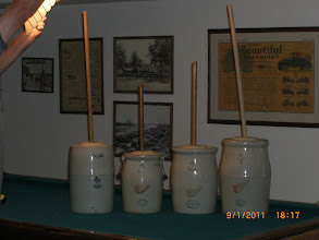 Photo: 3 Gal. Fort Dodge,Iowa,,2,,3,,4,,Gal. Red Wing