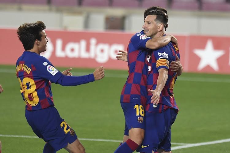 Barcelona zet Atlético en Real Madrid onder druk