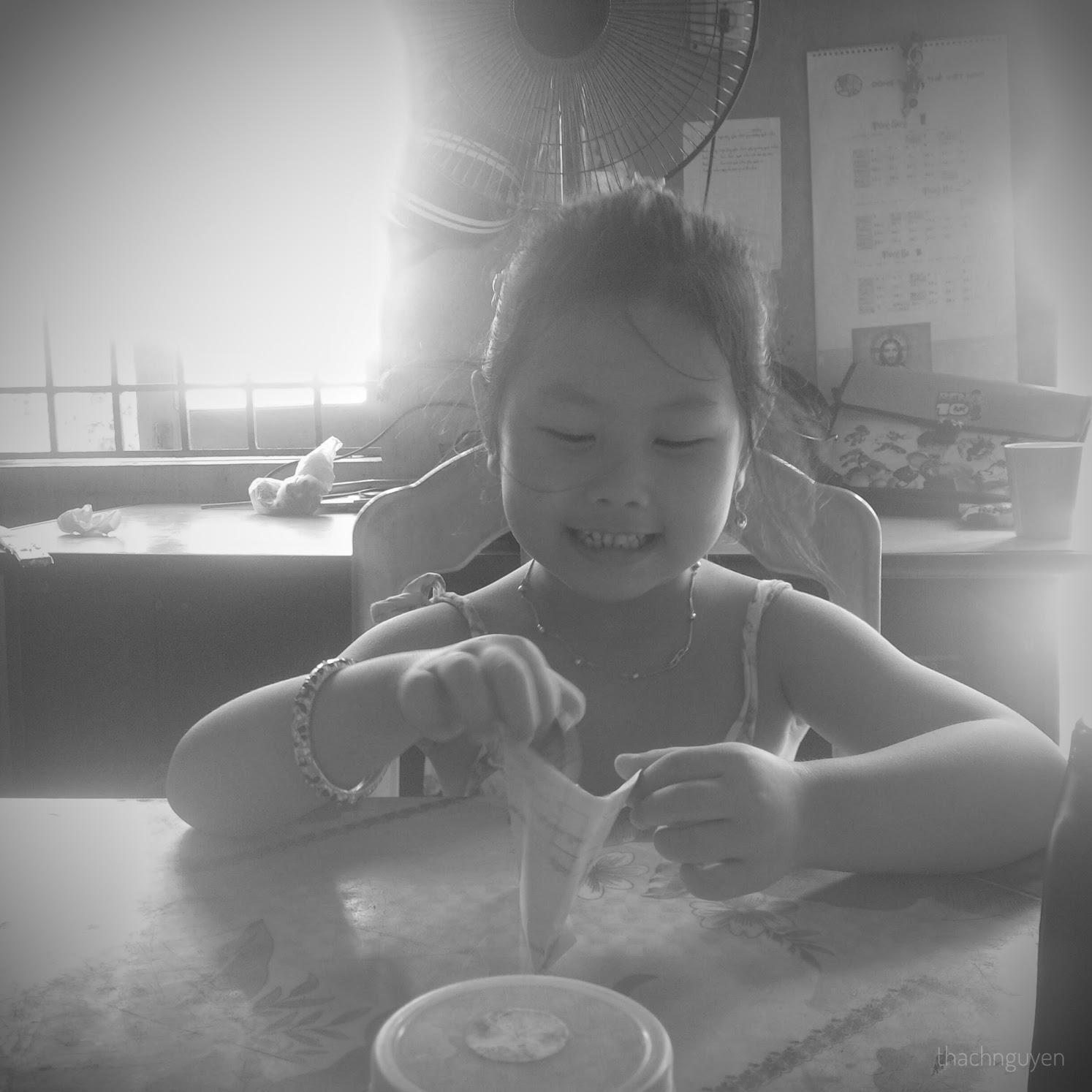 ăn trưa