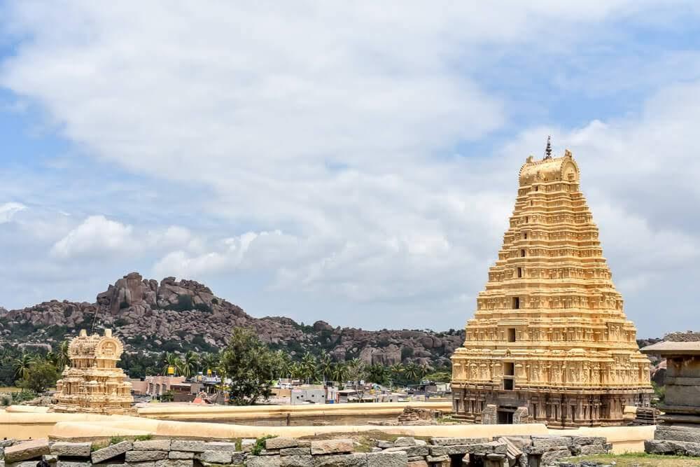 gopurams+temple+virupaksha+places+to+see+in+hampi+karnataka