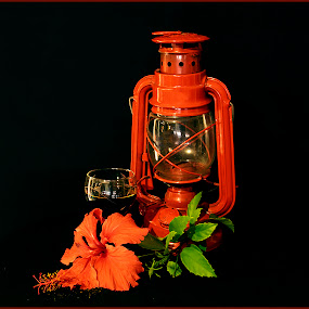 Red Lamp with Flower by Elna Geringer - Artistic Objects Other Objects